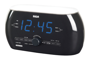 RCA Soft Light clock radio with motion activation - RC220